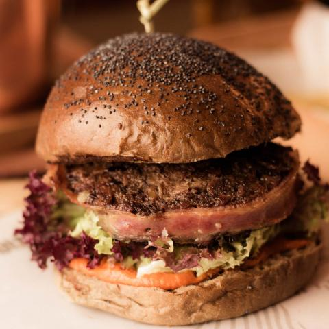 Hamburguesa Rabo de Toro Bistroteca