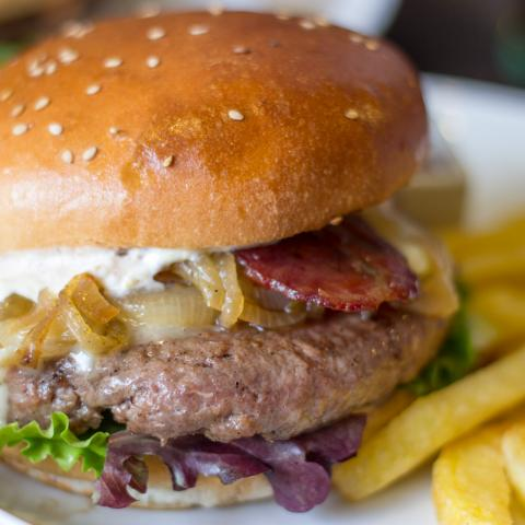 Burger Mayes Monte