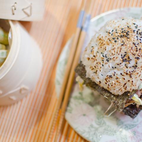 Sushi Burger y Okras