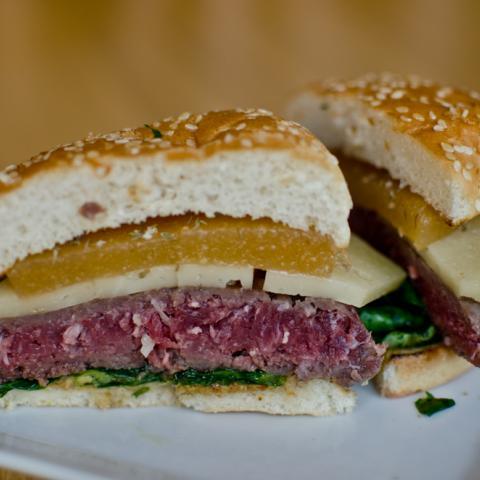 Detalle Corte Membri Burger