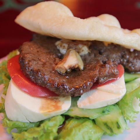 Naxi Burger 2