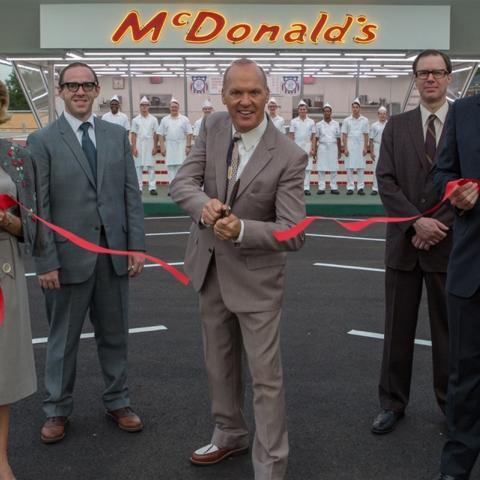Inaugurando Mc Donalds