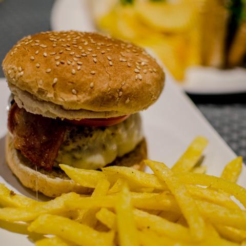 Burger Noviembre