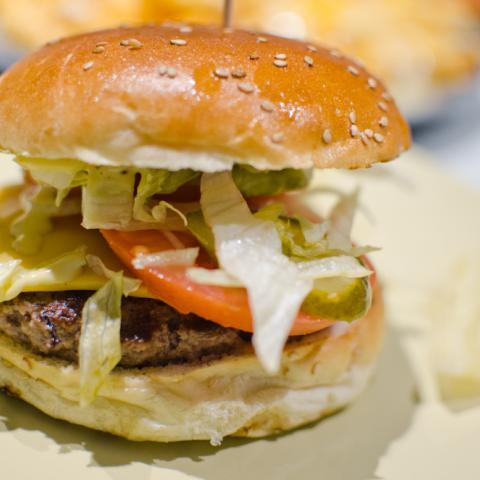 Burger Michigan Tom's Burger