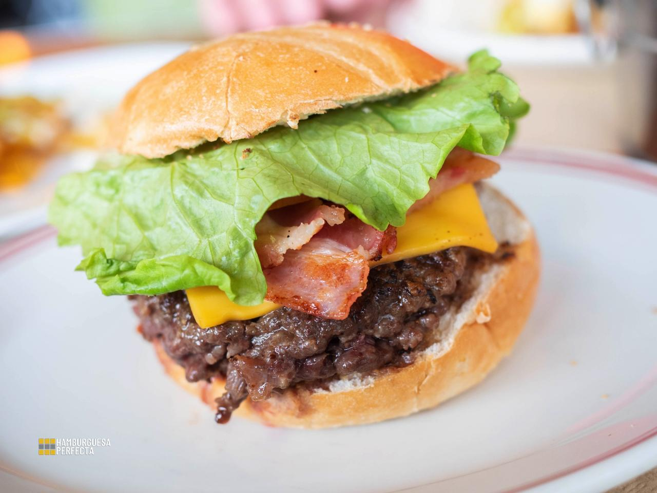 Bacon Cheeseburger Peggys